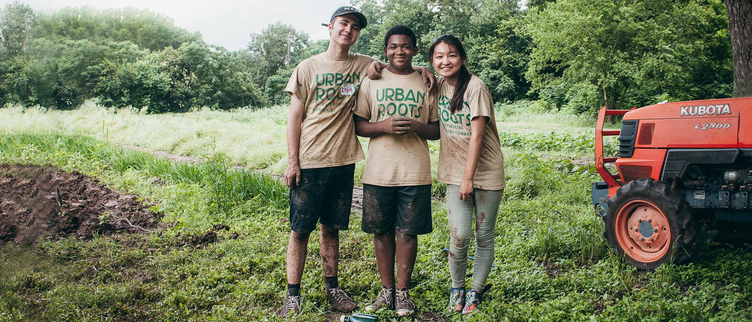 Urban-Roots-Farm-Austin-TX-Commercial Youth Teamwork Portrait
